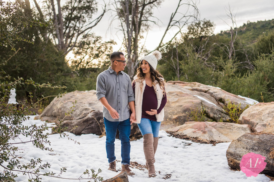 Rustic, winter maternity in the snowy mountains of Rancho Cuyamaca State Park located in San Diego, California
